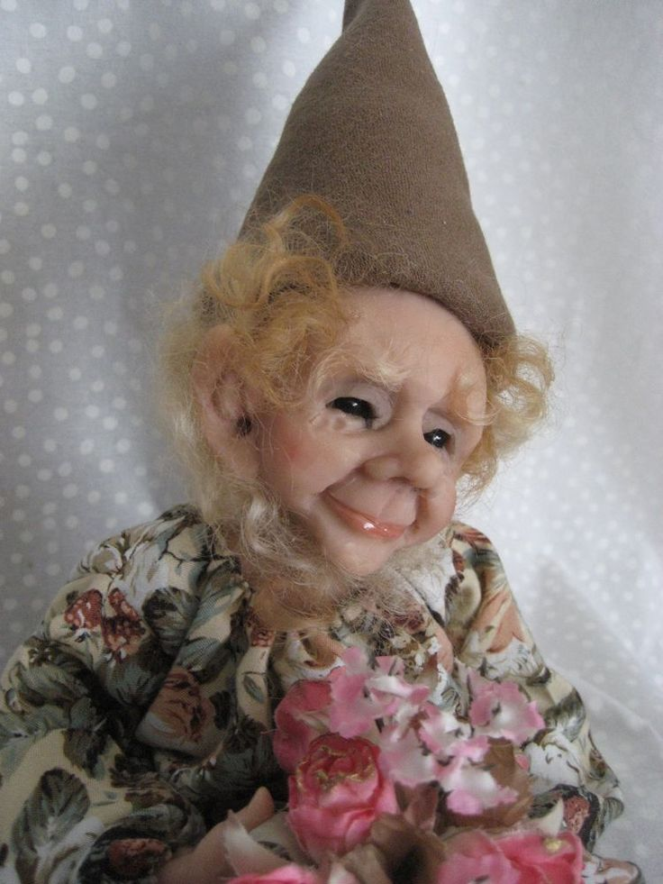 ~ Delightful Faerie/Fairy with Flower Basket ~ Terry Richards Art Doll ~