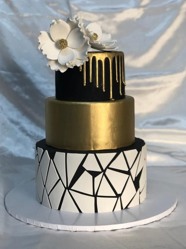 The Best Wedding Cake Bakeries In All 50 States Giveaways Tlc Com Wedding Cake Bakery Cool Wedding Cakes Wedding Cakes