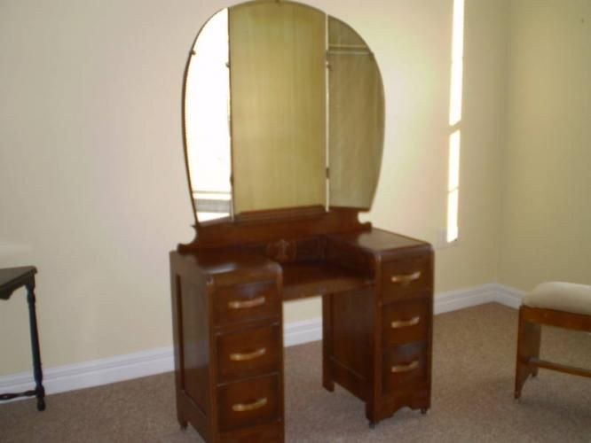71 Best DARLING DRESSERS~ THE OLDER THE BETTER ⊱╮ Images