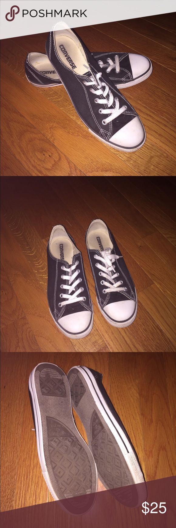 Converse Slim Ox Women's size 8 converse all star. These are the slim version. Dainty and classic! Excellent condition Converse Shoes Sneakers