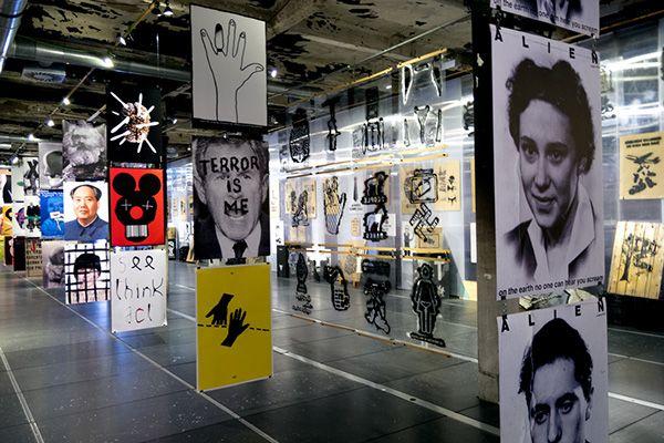 Héctor Morejón ©   Ilustración: Estampadores de conciencia. Matadero Madrid.  http://hmorblog.blogspot.com.es/