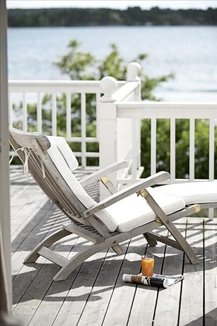 Sunshine, deck by the water, cushy lounge chair, iced tea, magazine.... it's all just waiting there for me..... :o)