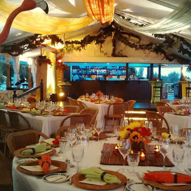 Wine & Dine at one of the Finest Restaurants on Grand Cayman #WaterfrontRestaurant