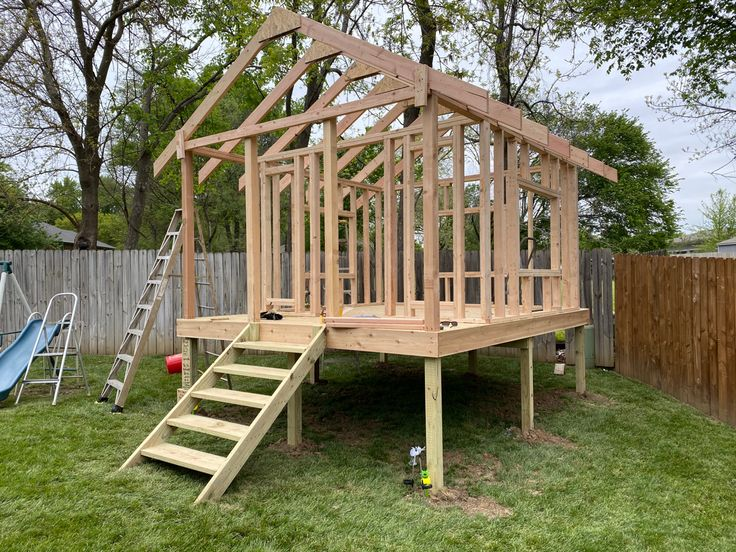 The roof trusses are a 7/12 pitch and span the entire 12