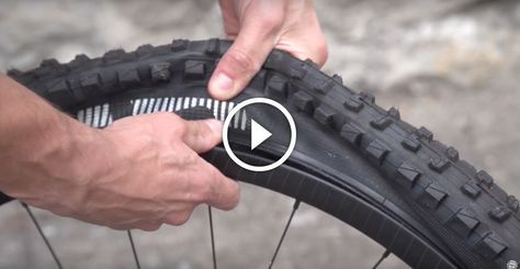 Remove and replace your mountain bike tires without tire levers or any other tools – really useful for the mountain bike trails!