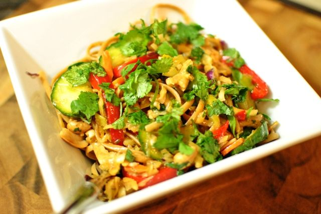 asian noodle salad | Get In My Belly | Pinterest