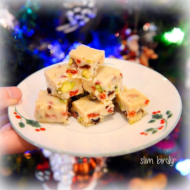 Healthy White Christmas Slice... refined sugar free, gluten free, grain free - full of healthy coconut oil and tastes divine. http://slimbirdy.com/2014/12/12/healthy-white-christmas-slice/ #sugarfree #dairyfree #paleo