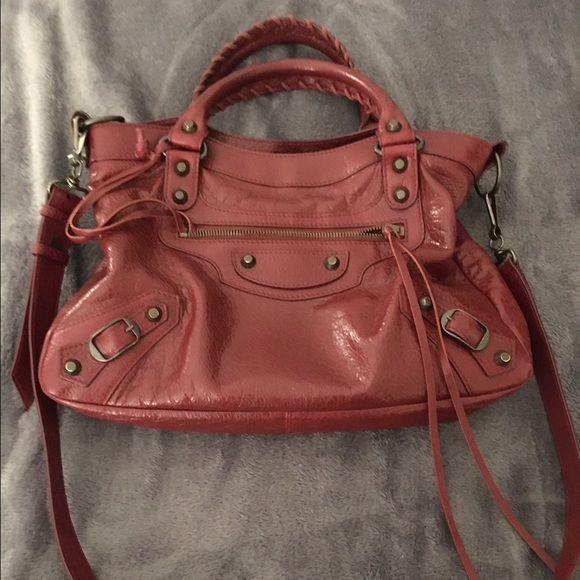 Balenciaga town messenger handbag Balenciaga town messenger handbag Balenciaga Bags Crossbody Bags