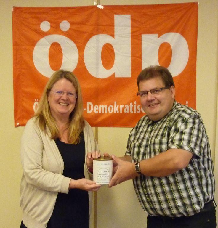 Spendenübergabe zur Unterstützung der Klage vor dem Aarhus-Komitee   Ökologisch-Demokratische Partei (ÖDP) – Kreisverband Neustadt-Weiden