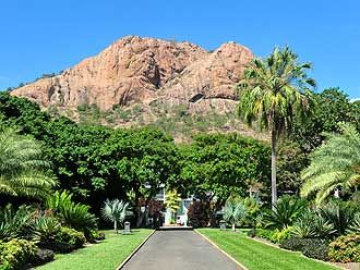 Castle Hill in Townsville, Australia i climbed this sooo many times. the view from the top is AMAZING!