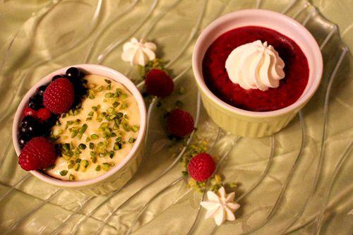 Eierlikör Rezept: Milchreis meets Verpoorten: Verpoorten-Milchreis-Törtchen mit Beerenkompott, Pistazien und Sahne - Dessertrezepte - VERPOORTEN