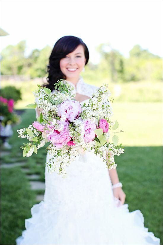 pink and white bouquet, diy recipe here http://www.weddingchicks.com/2013/08/30/summer-wedding-bouquets/