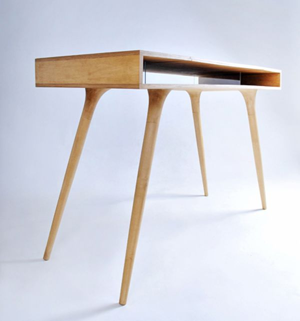 Today we have one very lovable little desk from UkrainiandesignerRoman Shpelyk...