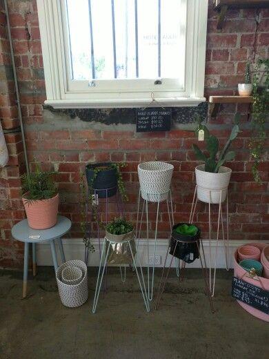Standing pots