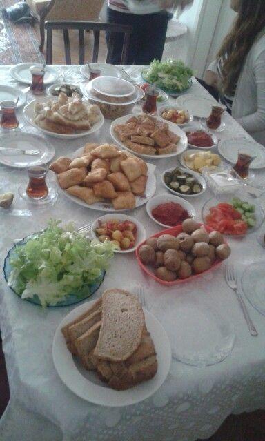 Öğle yemeği yedik!