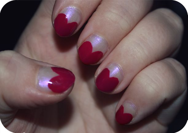 Cute nails! At cupcake clothes, a blog for plus sized cute clothes.