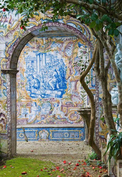 Tiles in Lisbon, Portugal ✖️THE WORLD // Muse by Maike // http://musebymaike.blogspot.com.au   Instagram: @musebymaike  #MUSEBYMAIKE