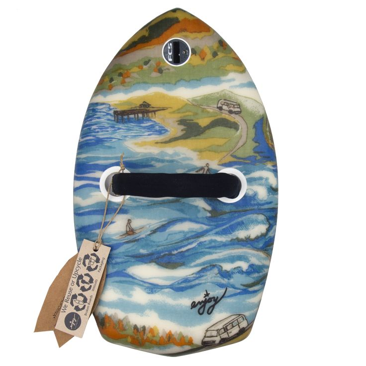Standard Diamond Tail Enjoy Hanplane. This is the handplane to take with you on your roadtrip Born with Gills #bornwithgills #enjoyhandplanes #bodysurf #gopro #torpedopeople