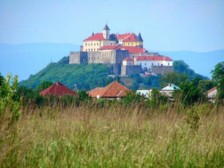 Самые загадочные места планеты: Мукачево: Замок с привидениями ФОТО,ВИДЕО