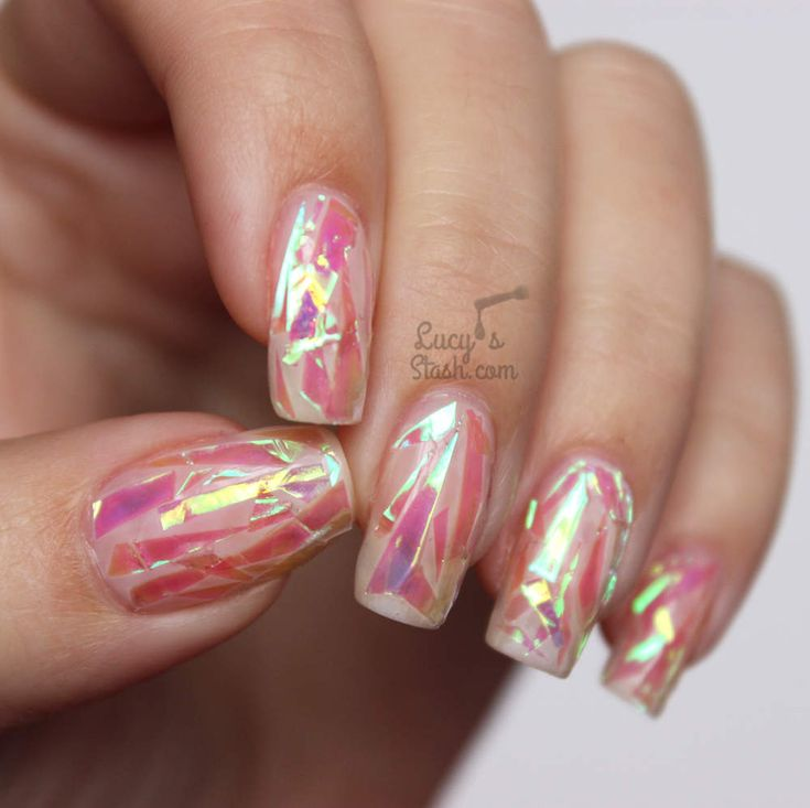 Pink Shattered Glass Nails with TUTORIALhttp://www.lucysstash.com/2015/10/pink-shattered-glass-nails-with-tutorial.html