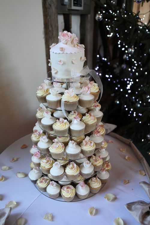 Gorgeous wedding cake image from a weding at Winters Barns