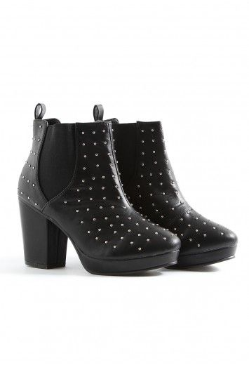 Tiziana Leather Stud Chelsea Boots - footwear - missguided