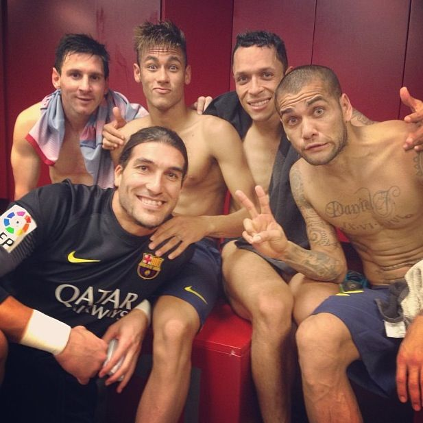 Adriano , Neymar, Messi, Pinto and Dani Alves  FC Barcelona vs Real Madrid El Classico 2013