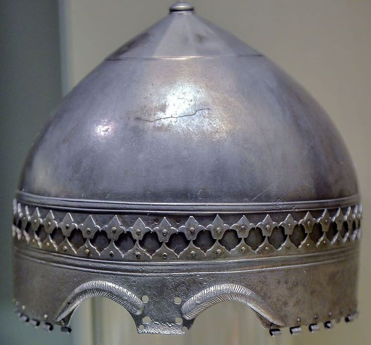 2 «ранних тюрбанных шлема» выставлялись в Санкт-Петербурге – 12 photos