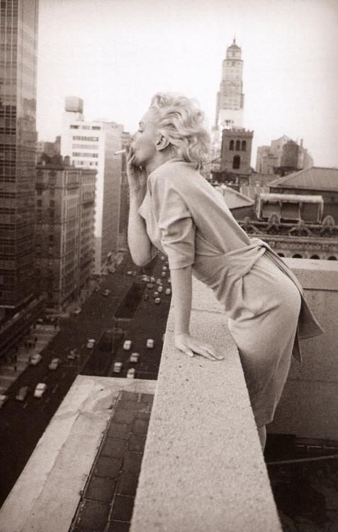 Marilyn Monroe - Lung Cancer, the FABULOUS way :)