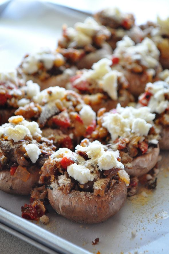 Gluten Free, Dairy Free, Italian Stuffed Mushrooms great for the Daniel plan