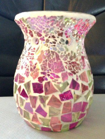WoodWick CELEBRATION Wax Melt/Tart Burner - Lovely new design that casts a beautiful shimmery light