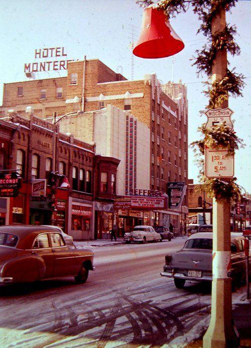 Christmas, 1955 -Monterey Hotel looking west on Milwaukee ...