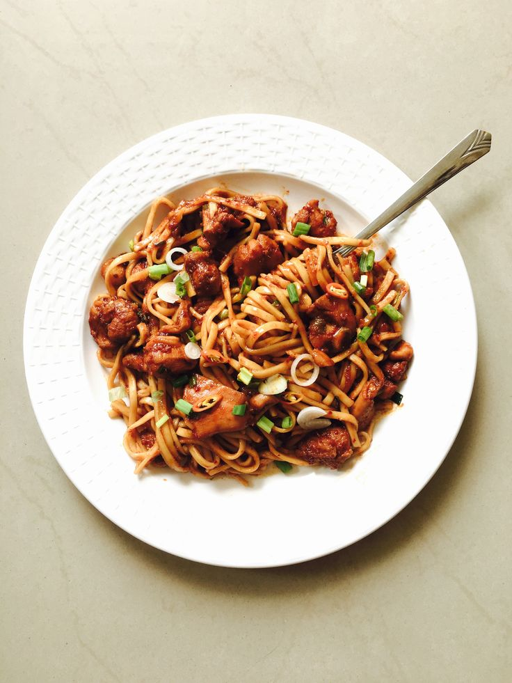 Chilli caramel chicken with udon noodles