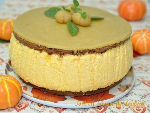 Tort cu crema de dovleac - http://www.gustos.ro/retete-culinare/tort-cu-crema-de-dovleac.html