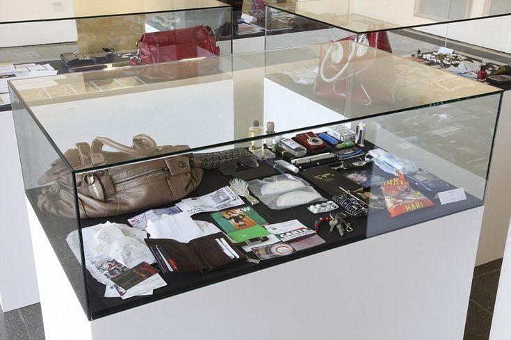 handbag contents on display.  what's in your handbag.