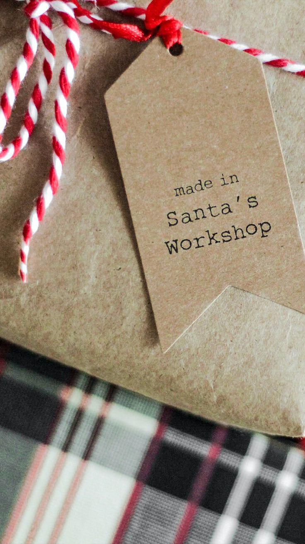 Ideas de regalos navideños que puedes hacer tú mismo para gastar poco o prácticamente nada. Christmas Time, Holiday, Santas Workshop, Woods, Gift Wrapping, How To Make, Gifts, Painting, Ideas