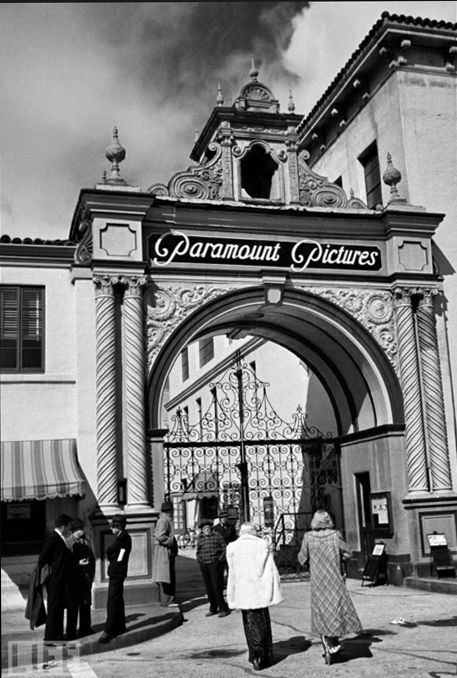 Front gate at Paramount Studios - for all the years I've lived in California and as many times as I've been to SoCal, I've never been here.  It has been a goal for years now...