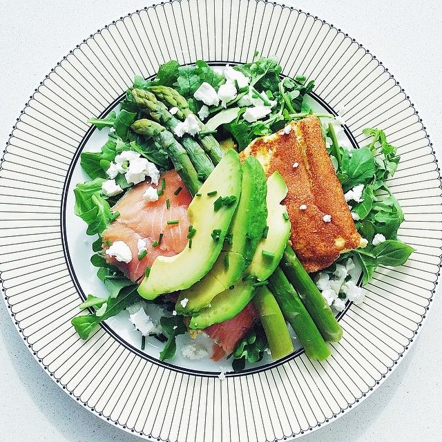 Omelette With Smoked Salmon, Asparagus, Avo And Fetta