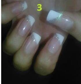 Uñas puntas blancas con brillo