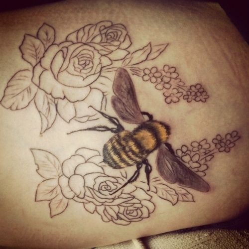Love how they captured the fuzziness of the bee. by cara