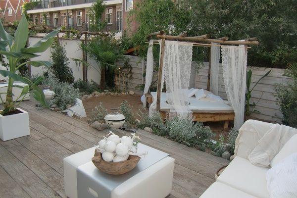 Zand tussen je tenen in de Ibiza-tuin | Eigen Huis & Tuin