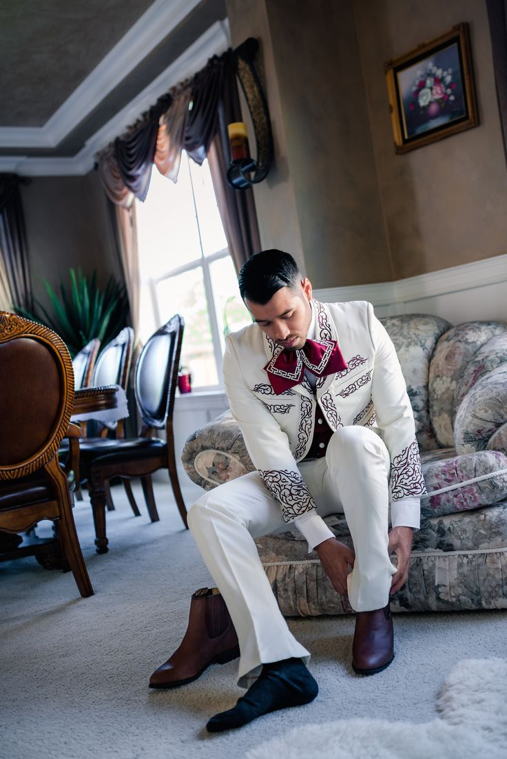 25+ best ideas about Mexican Wedding Traditions on Pinterest | Mexican wedding decorations ...