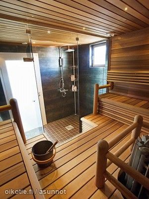 Sauna with an integral shower room is the perfect combination of function and beauty.