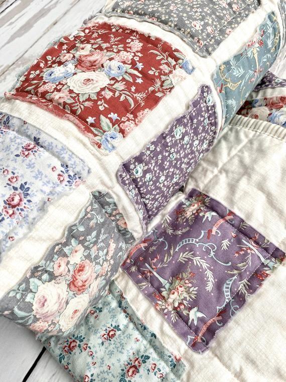GORGEOUS PURPLE FLORAL QuiltPurple Floral Baby Quilt