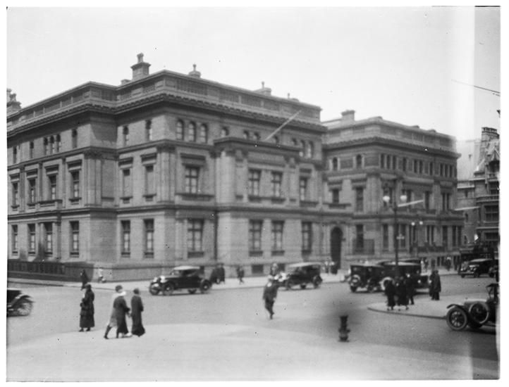 William H. Vanderbilt House (twin Vanderbilt Houses) 5th Avenue and 51st Street.]Museum of the City of New York