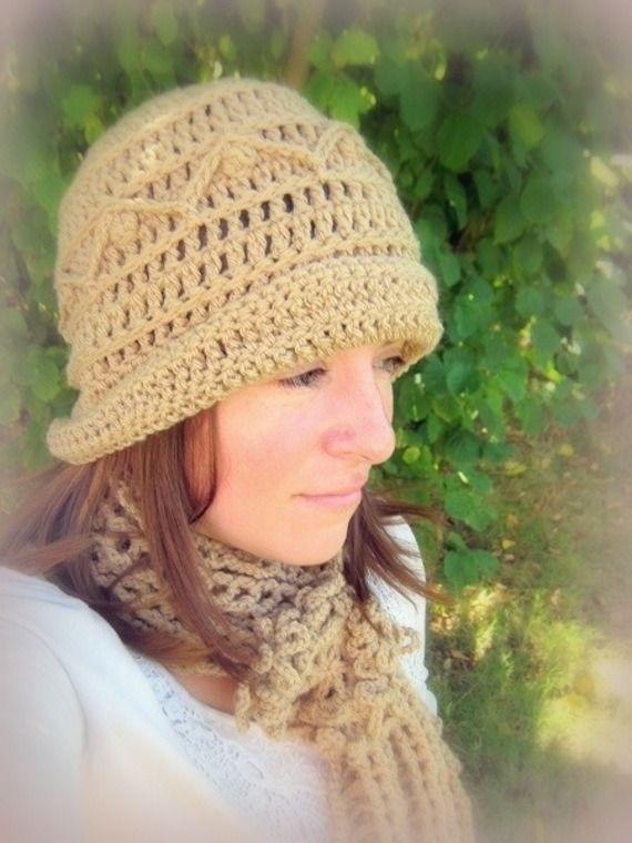 Promo magnifique ensemble bonnet + écharpe crocheté main en Moka : Echarpe, foulard, cravate par c-comme-celine