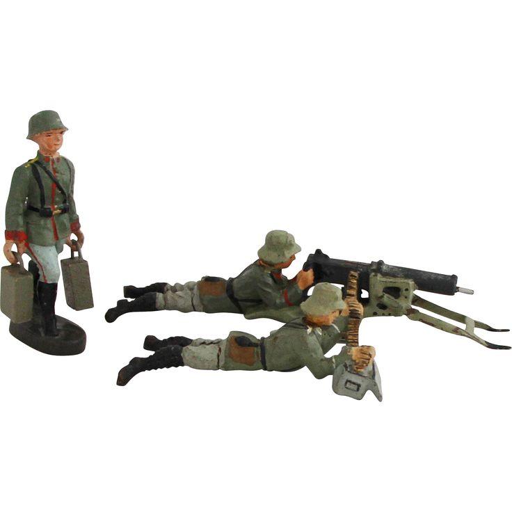 Vintage 1930s German Heavy Machine Gun MG 08 Crew in Combat 3 x German LINEOL ELASTOLIN Toy Soldiers