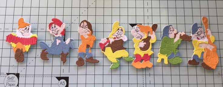 Seven dwarfs tattered lace set2