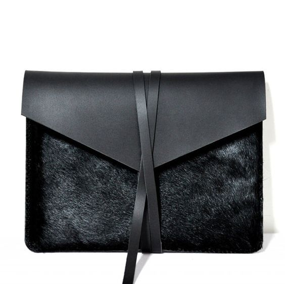 "MacBook Air 11"" Handmade Black Leather Case/Holster /Cover/Bag/ Envelope Bag on Etsy, € 59,20:"
