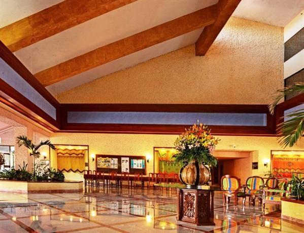 Hotel Deal Checker - Barcelo Huatulco Beach Resort